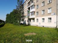 Территория у дома ул. Николаева 40