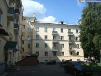 Двор дома 25 по проспекту Ленина