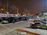 Парковка у МТВ-Центра вечером