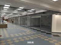 Пустые торговые площади в МТВ-Центре