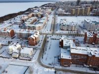 Вид сверху на улицу Юрьева зимой