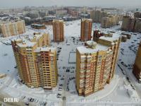 Вид сверху на дома по улице Миначева