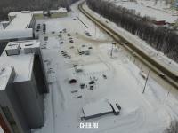 Вид сверху на парковку и Ядринское шоссе