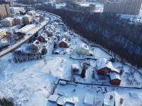 Вид сверху на улицу Ромашковая и овраг