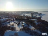 Вид сверху на радиовышку у парка Победы