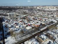 Вид сверху на район частных домов