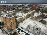 Вид сверху на дворы по улице 50 лет Октября