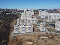 Вид сверху на дома по улице Радужная