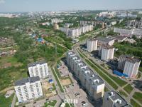 Вид сверху на нижнюю часть улицы Эльменя