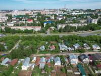 Вид сверху на ул. Усадская. На заднем плане Президентский бульвар