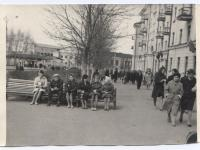 На пересечении ул. К.Маркса и пр. Ленина (60-е годы)
