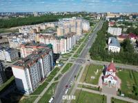 Вид сверху на улицу Гладкова