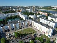 Вид сверху на ул. Дзержинского 20 и центр города