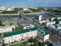 Вид сверху на ул. Ленинградская и центр города