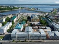 Вид сверху на здание Техноприбор, Красную площадь и залив