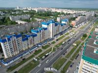 Вид сверху на проспект Максима Горького