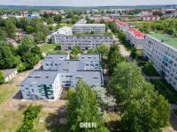 Вид на детский сад и улицу Молодежная