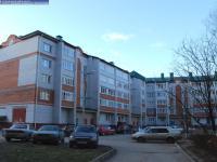 Двор 78 дома по улице Винокурова