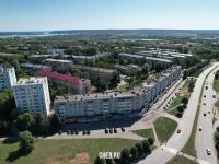 Вид сверху на дома по улице Советская