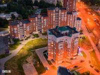 Вечерний вид сверху на ул. Университетская 9к1
