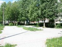 Сквер у дома 13 по улице Чапаева