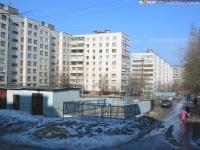 Двор дома 1 по ул. Ахазова