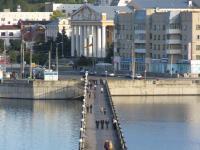 Пешеходный мост через Залив