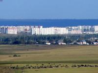 Вдали Новочебоксарск