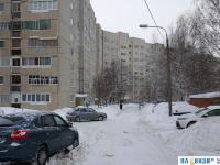 Заснеженный двор дома Университетская 31