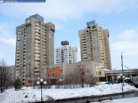 Многоэтажные высотки в районе ЗАГСа
