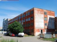 Дом 12 на пр. И.Яковлева
