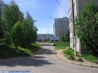 Дворы домов улицы Лебедева