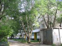 Двор дома 38