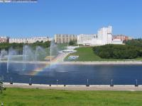 Залив, радуга над фонтаном